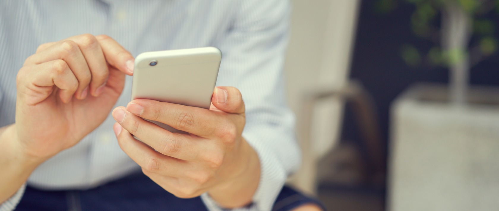What's On Your Phone? 7 Best Smartphone Apps for Small Business Owners